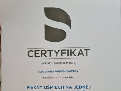 lek. stom. <span>Anna Wesołowska</span> 9