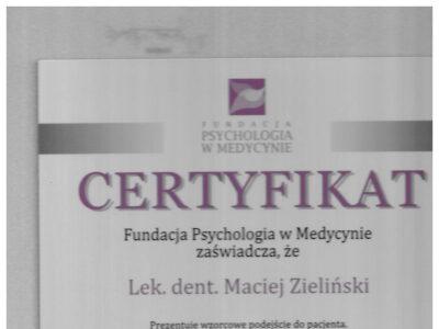 lek. stom. <span>Maciej Zieliński</span> 20