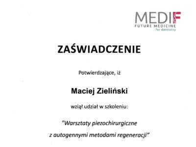 lek. stom. <span>Maciej Zieliński</span> 21