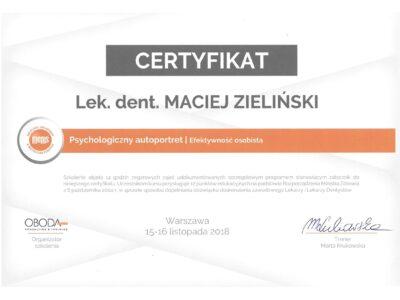 lek. stom. <span>Maciej Zieliński</span> 10