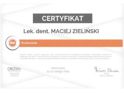 lek. stom. <span>Maciej Zieliński</span> 7