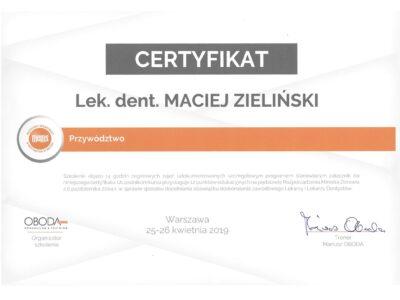 lek. stom. <span>Maciej Zieliński</span> 6