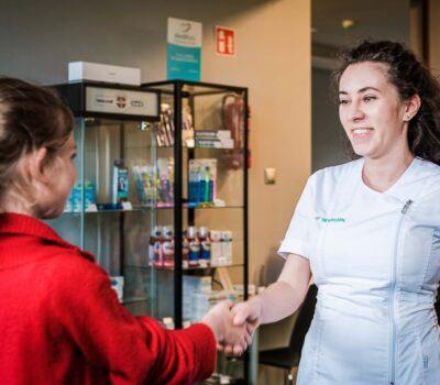 Gaz rozweselający u dentysty – recepta na przyjemną wizytę! 1